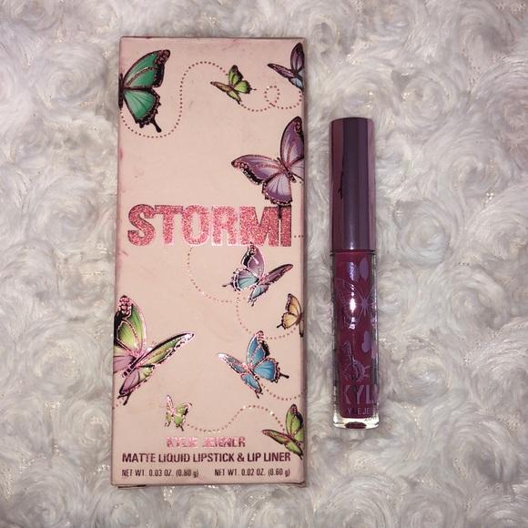 Kylie Jenner x Stormi Matte liquid lipstick